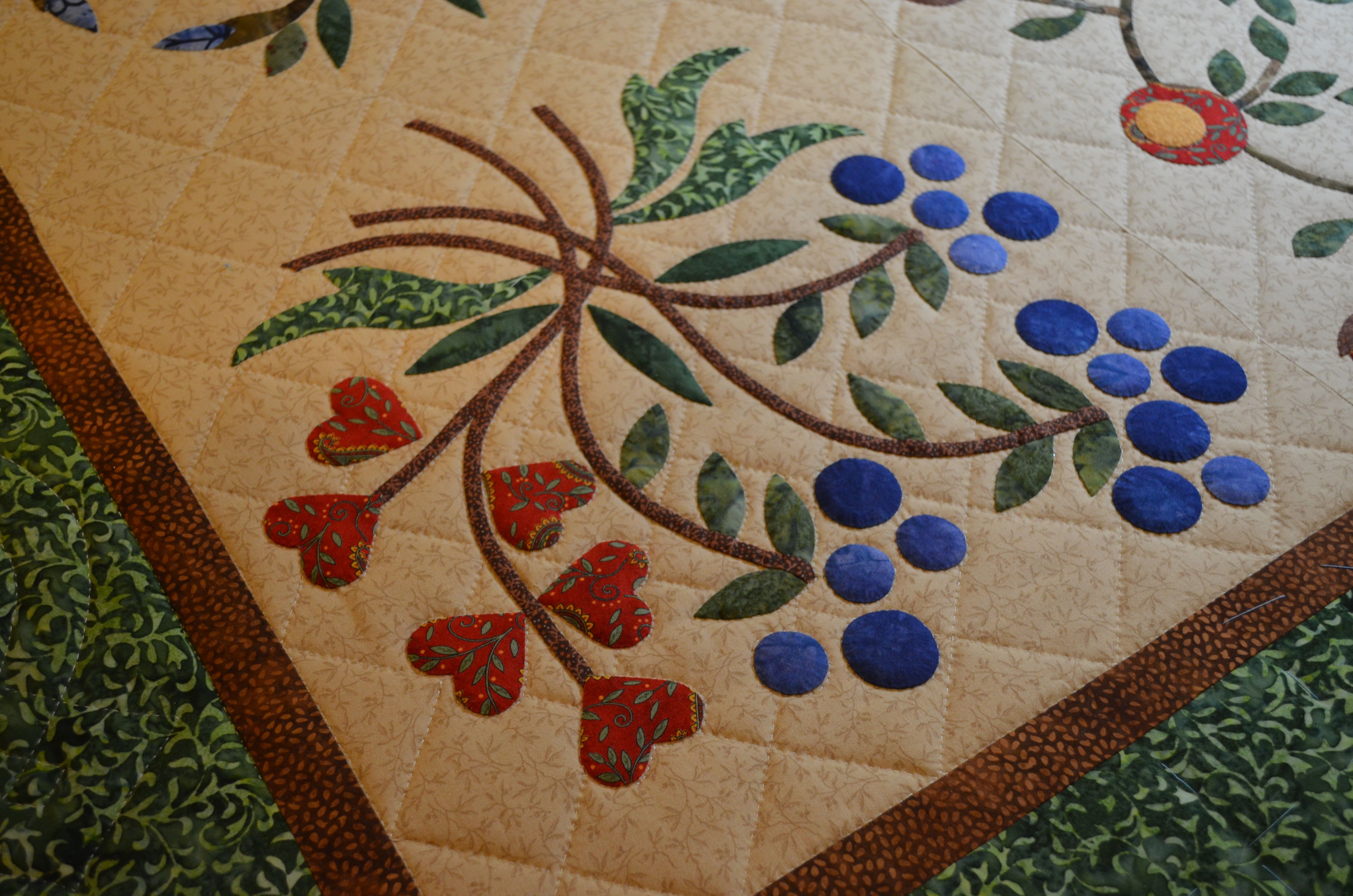 Hand appliqued and hand quilted averyclaire