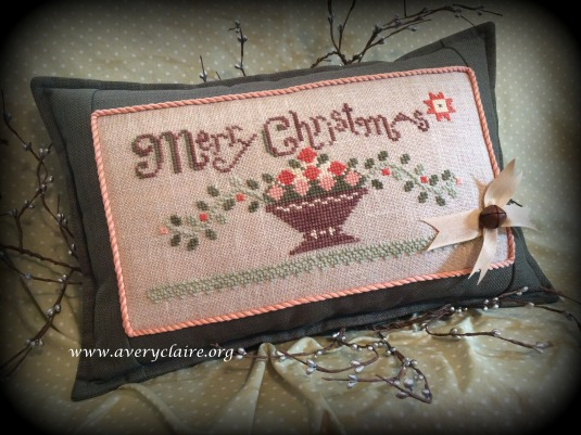 NancyH - Xmas Pillow1